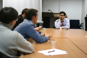 Джонатан Зіттрейн на зустрічі з українськими блогерами в Києві